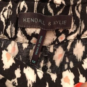kendall & kylie patterned pants